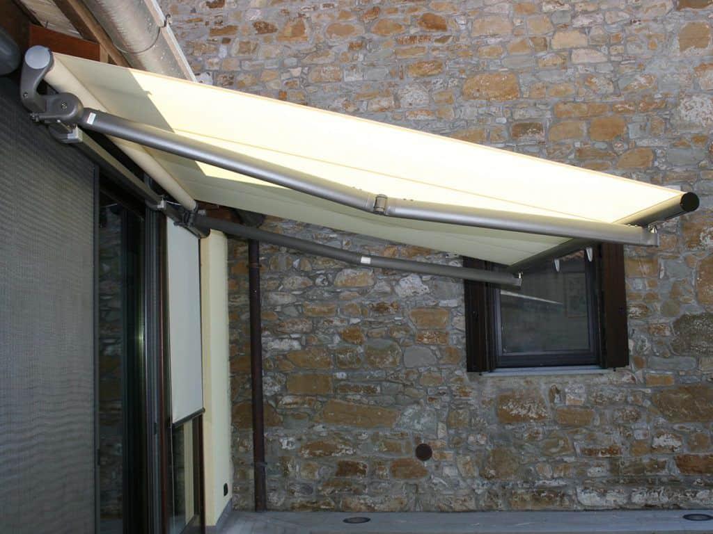 Τέντα Σε Μπάρα Stein - Τέντες επαγγελματικού οικιακού χώρου - Συστήματα Προστασίας Sunblock